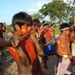 Integrantes del pueblo pukobjê-gavião en su territorio indígena Governador. Crédito: CIMI