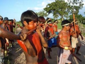 ntegrantes del pueblo pukobjê-gavião en su territorio indígena Governador. Crédito: CIMI